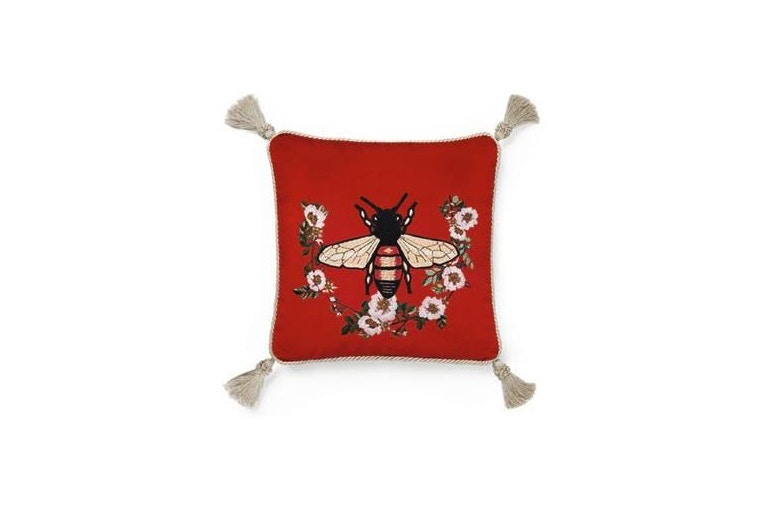 http-hypebeast.comimage201707gucci-home-decor-2